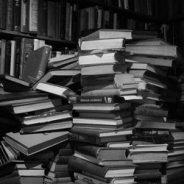 ¿Debe publicar su primer libro un escritor novel?